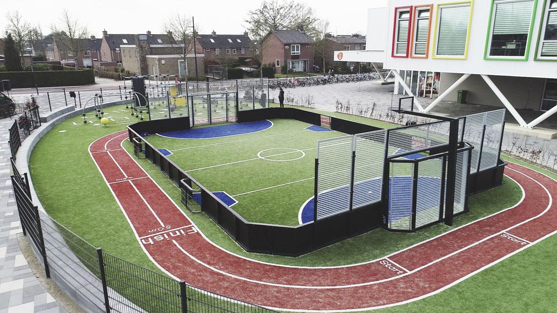 Vertel mij meer over multifunctionele sportvelden van Yalp